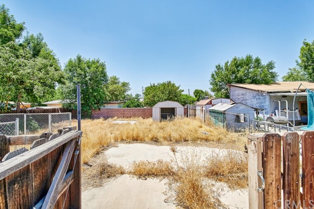 Closed   632 N Gardena Street San Bernardino, CA 92411 19