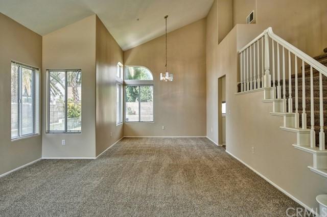 Active Under Contract | 7440 Jacaranda Avenue Fontana, CA 92336 10