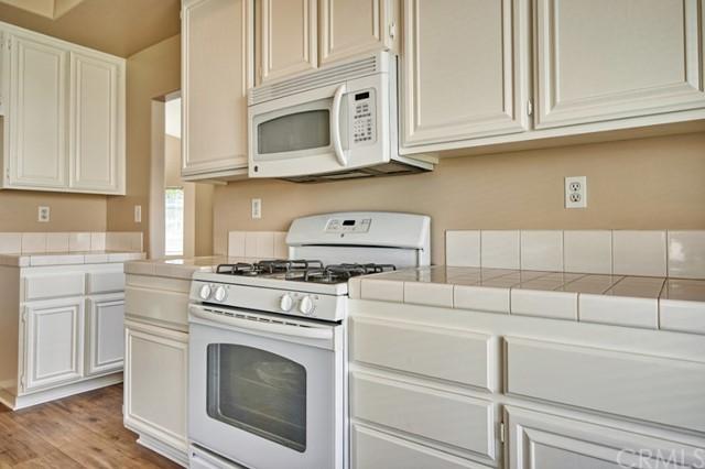 Active Under Contract | 7440 Jacaranda Avenue Fontana, CA 92336 15