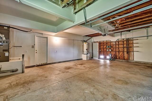 Active Under Contract | 7440 Jacaranda Avenue Fontana, CA 92336 41
