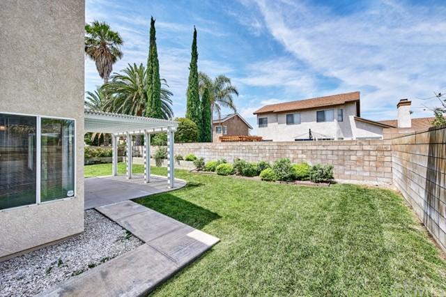 Active Under Contract | 7440 Jacaranda Avenue Fontana, CA 92336 48