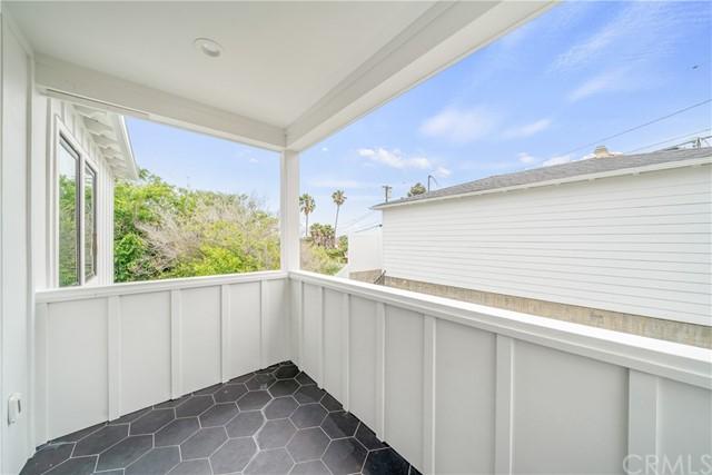 Active | 824 A Avenue Redondo Beach, CA 90277 43