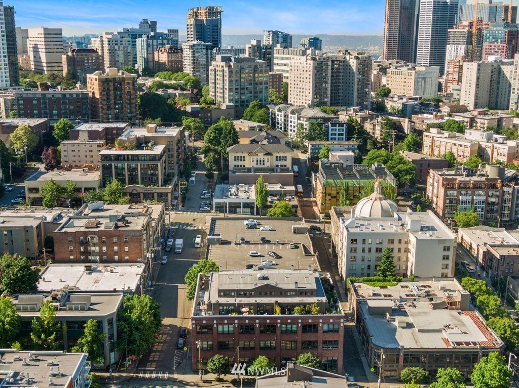 Active | 417 E Pine Street #406 Seattle, WA 98122 31