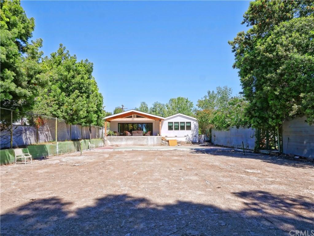 Active | 19 Dapplegray Lane Rolling Hills Estates, CA 90274 14