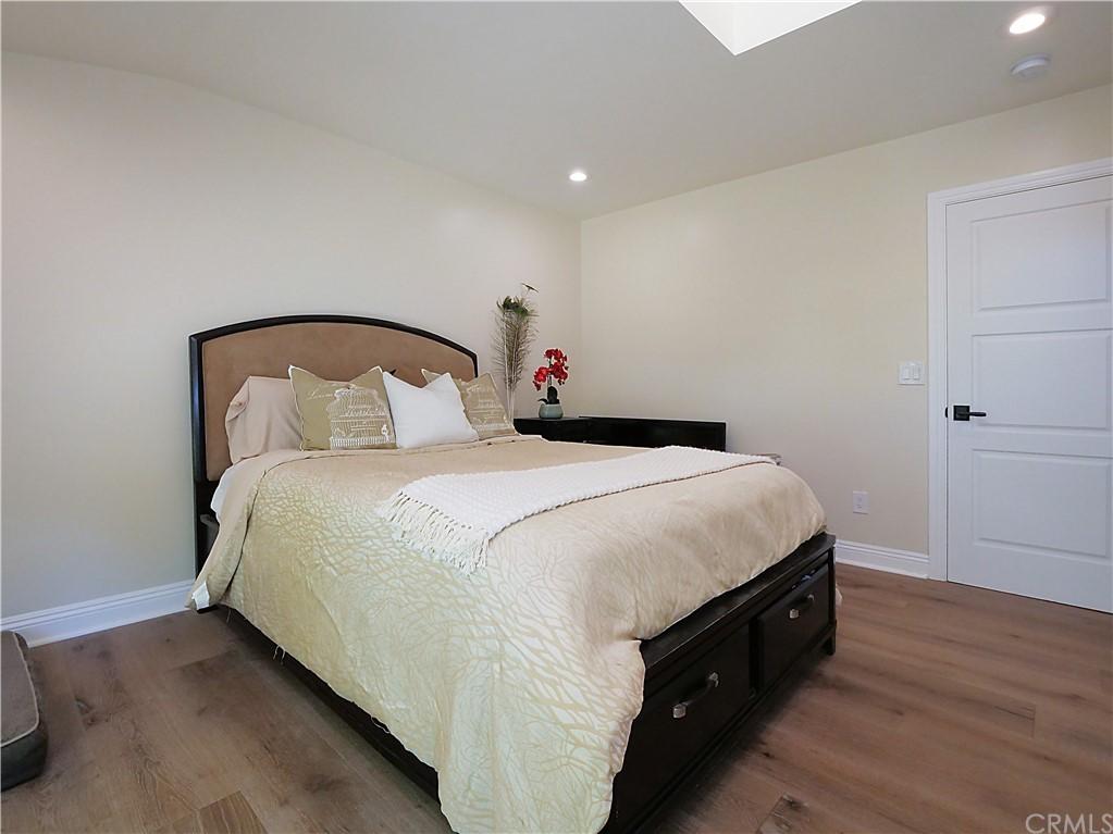 Active | 19 Dapplegray Lane Rolling Hills Estates, CA 90274 10