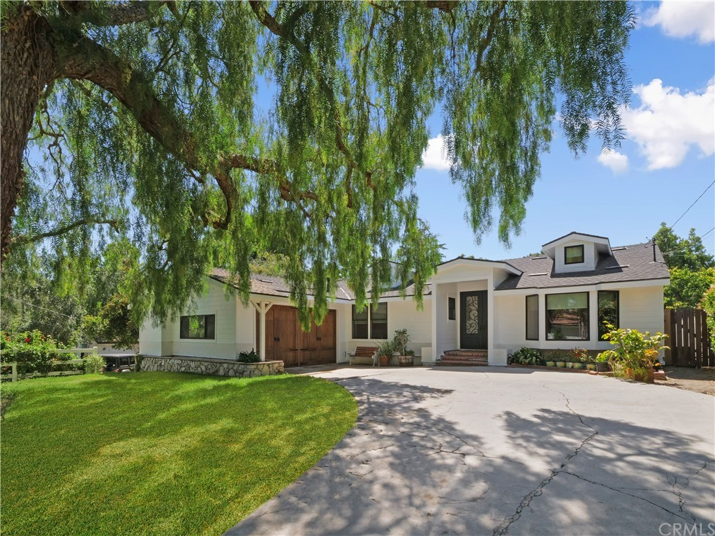 Active | 19 Dapplegray Lane Rolling Hills Estates, CA 90274 0