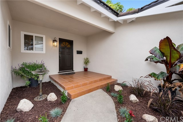 Closed   2114 Caddington Drive Rancho Palos Verdes, CA 90275 1