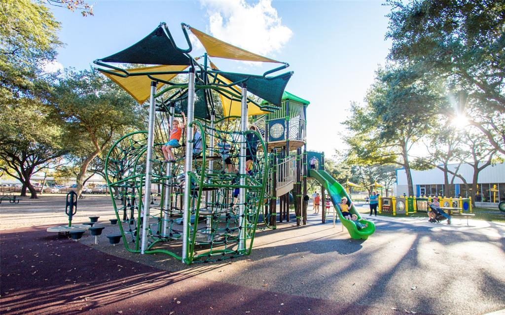 Active | 5406 Samba Street Katy, Texas 77493 6