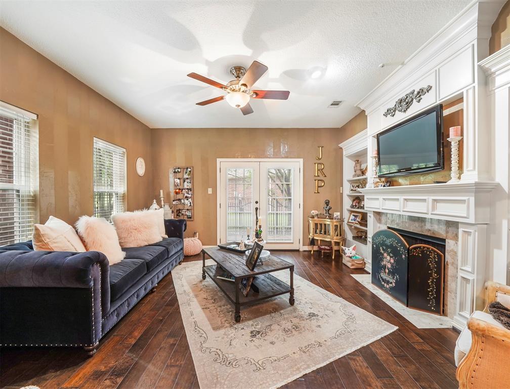 Active | 7659 Ameswood Road Houston, Texas 77095 4