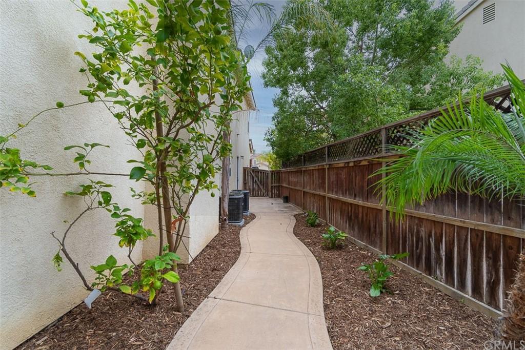 ActiveUnderContract | 26592 Brickenridge Circle Murrieta, CA 92563 29