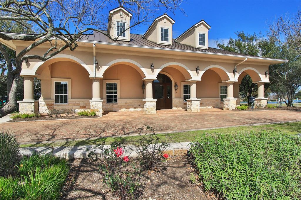 Active   2103 Scarlet Thistle Court Katy, Texas 77494 4