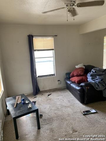 Active | 443 Bundy St San Antonio, TX 78220 4