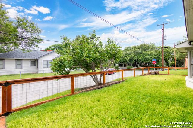 Active Option | 440 W LYNWOOD AVE San Antonio, TX 78212 24
