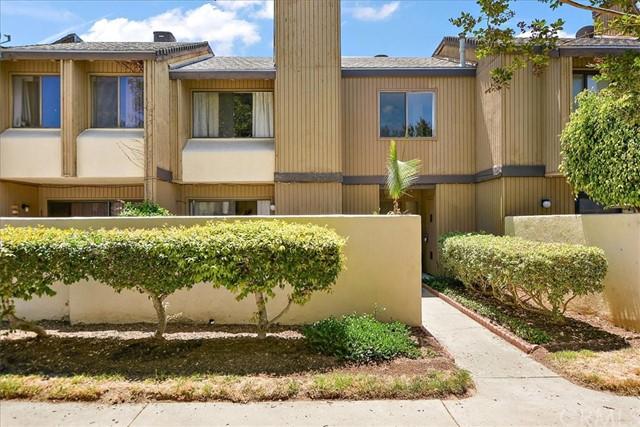 Pending | 1381 S Walnut Street #2202 Anaheim, CA 92802 13