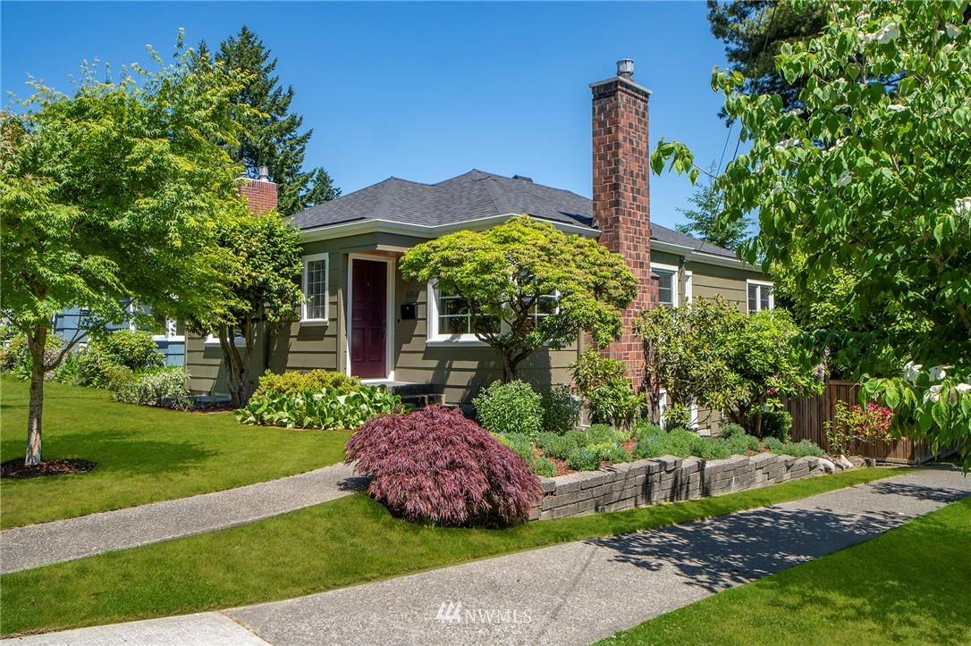 Active | 6802 32nd Avenue NE Seattle, WA 98115 0