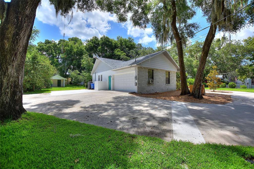 Pending | 8402 VALRIE LANE RIVERVIEW, FL 33569 5