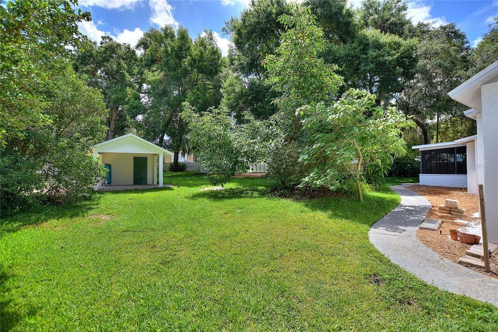 Pending | 8402 VALRIE LANE RIVERVIEW, FL 33569 8