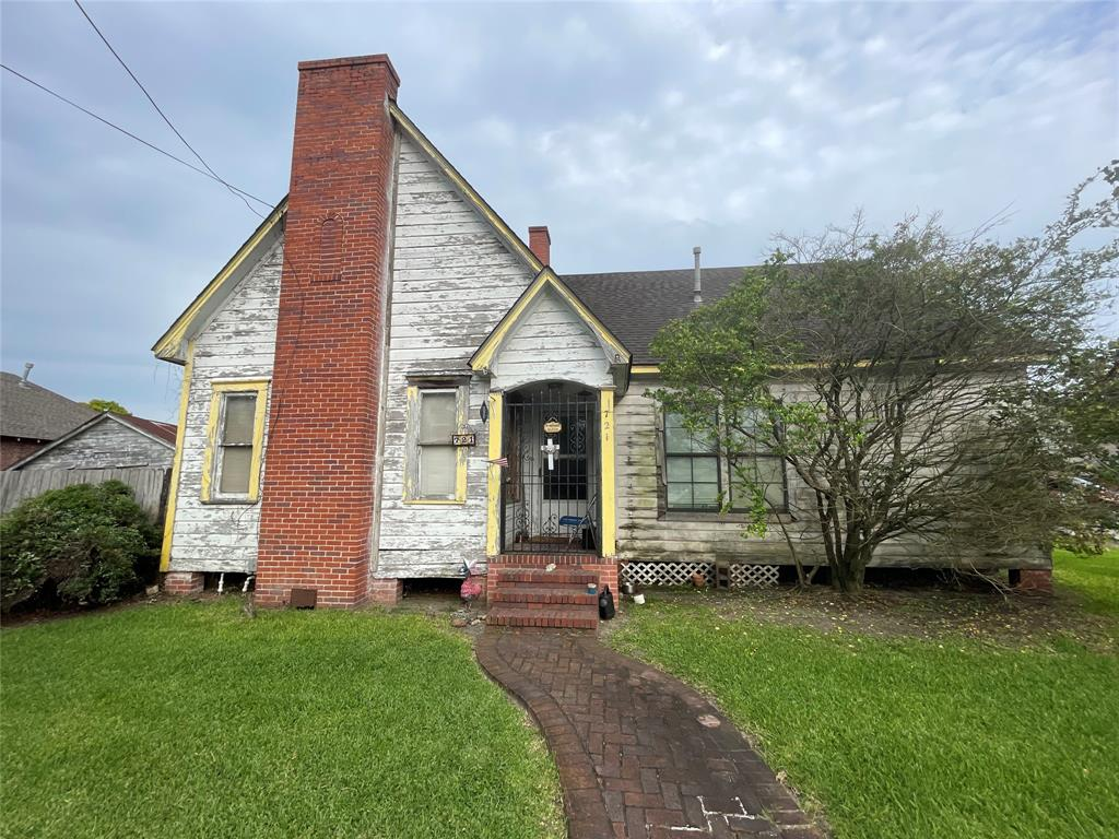 Active   721 Lenox Street Houston, Texas 77023 1