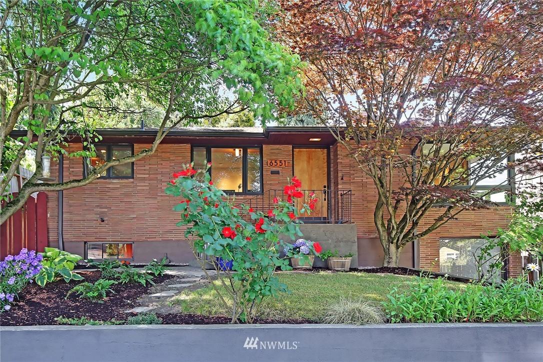 Active | 6551 35th Avenue SW Seattle, WA 98126 0