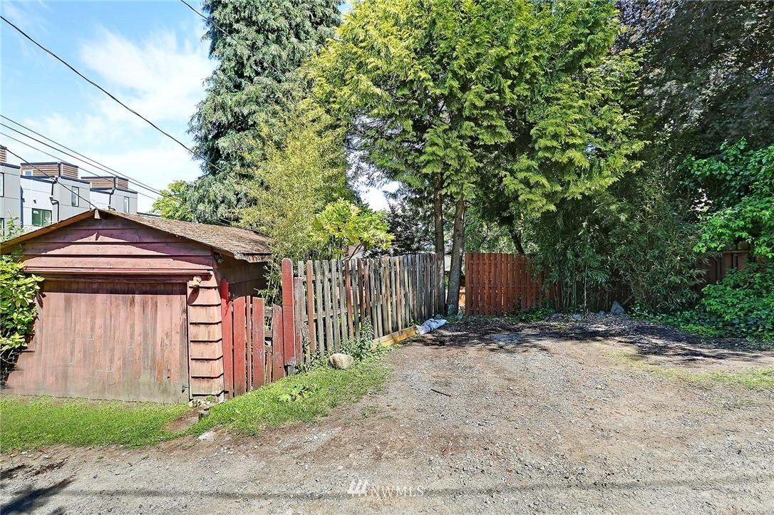 Active | 6551 35th Avenue SW Seattle, WA 98126 29