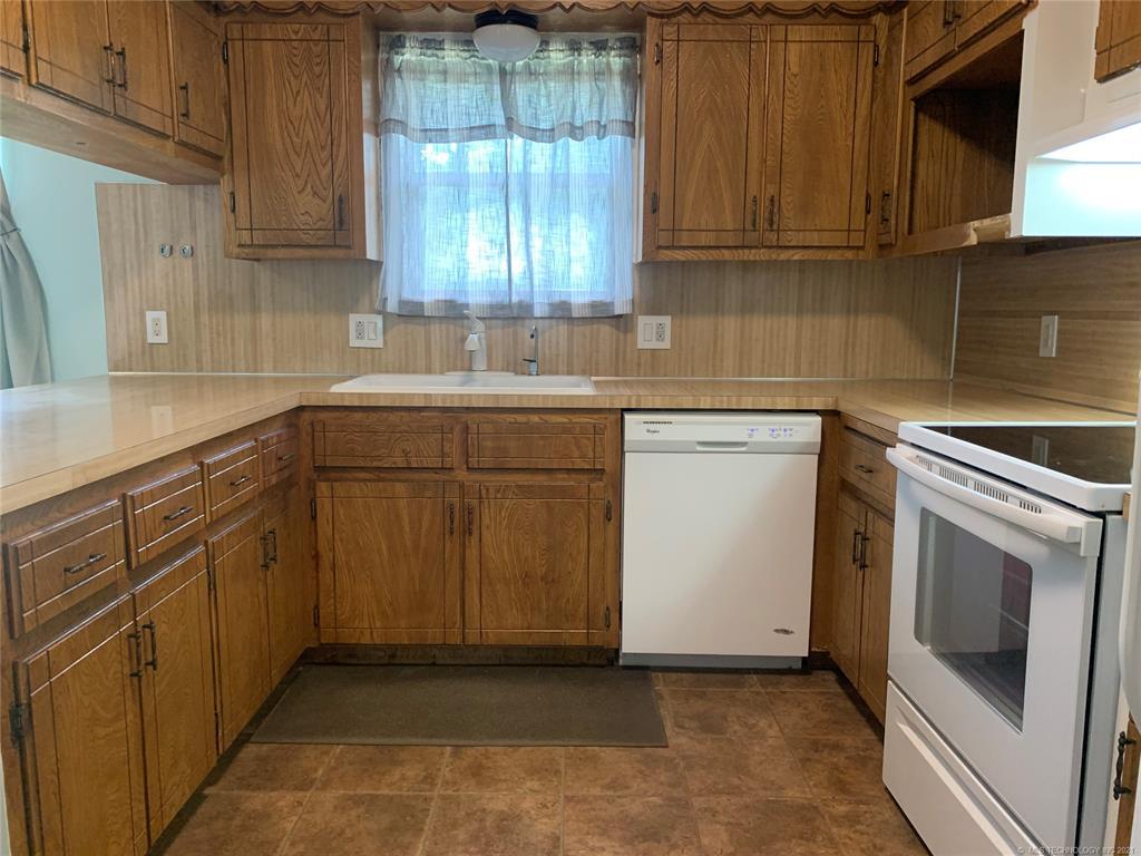 Off Market | 605 Willard Stone Circle Locust Grove, Oklahoma 74352 10