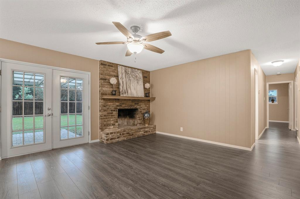 Active Option Contract | 800 Prestwick Street Bedford, Texas 76022 6