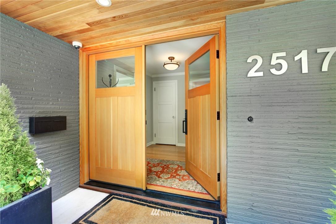 Pending | 2517 Lake Washington Boulevard E Seattle, WA 98112 5