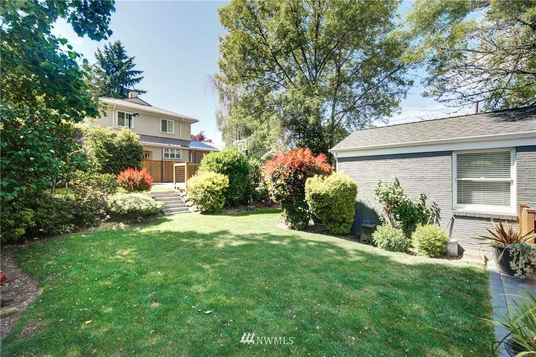 Pending | 2517 Lake Washington Boulevard E Seattle, WA 98112 36
