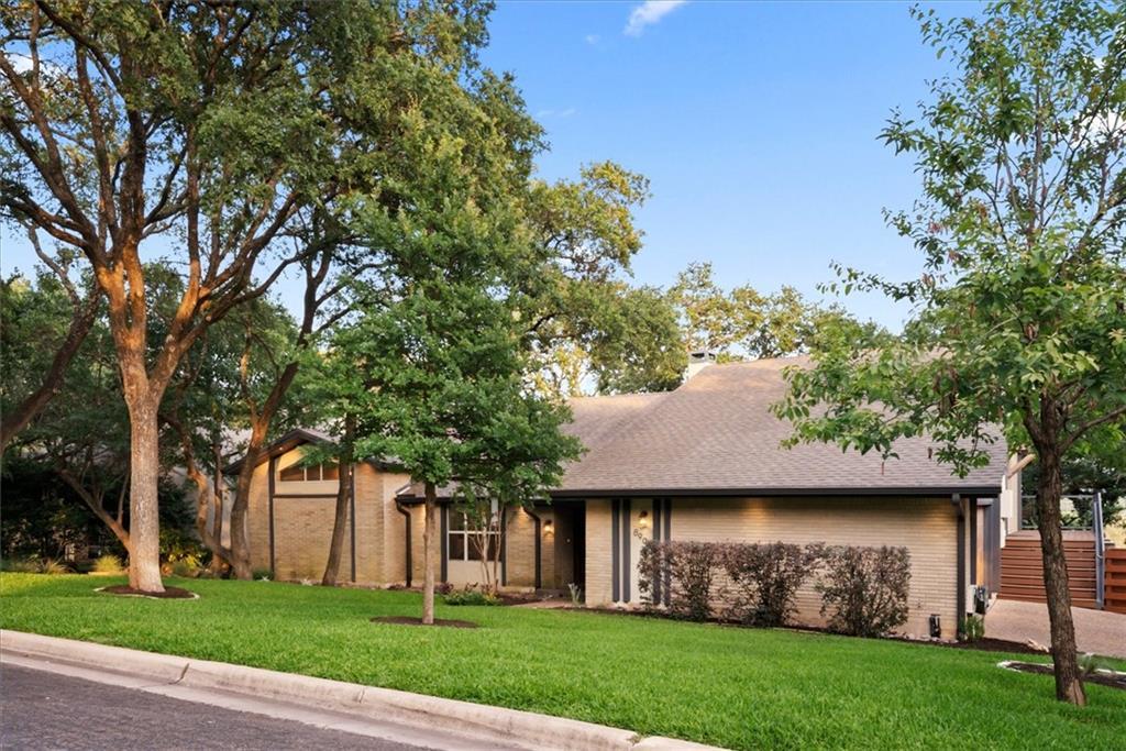 ActiveUnderContract | 8903 Fairway Hill Drive Austin, TX 78750 4