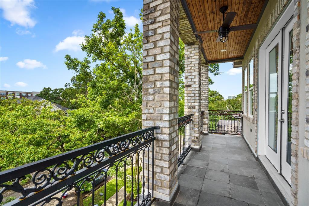 Active   1716 Colquitt Street Houston, Texas 77098 38