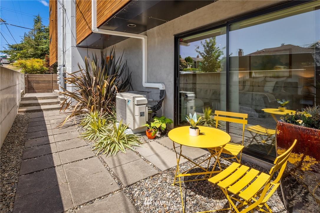 Pending | 1406 S Dakota Street Seattle, WA 98108 26
