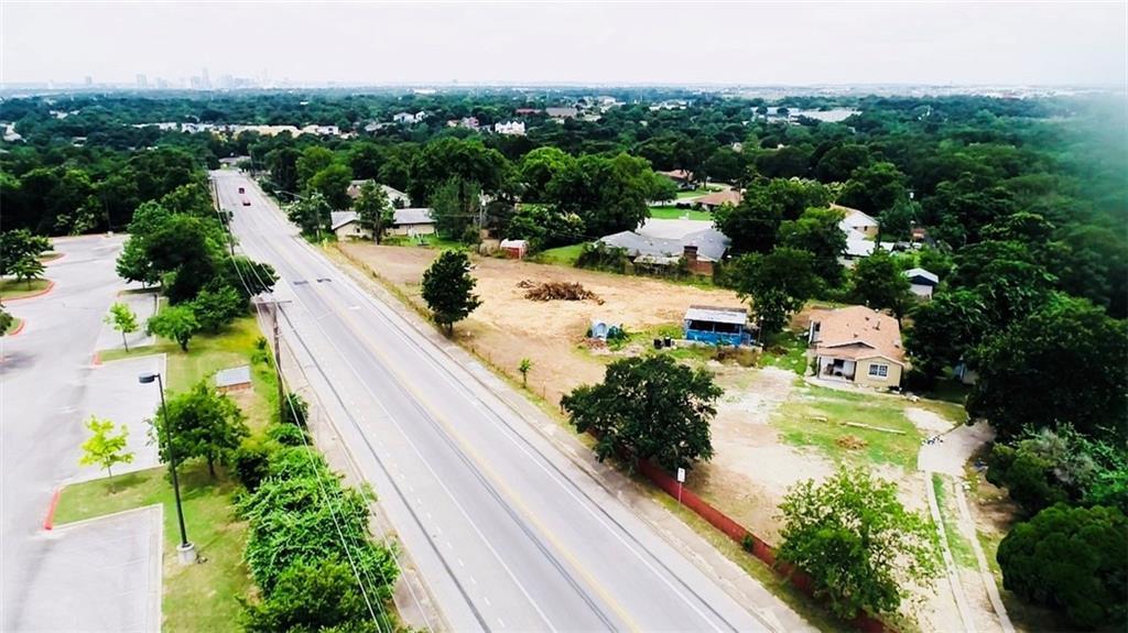Active   1940 webberville Road Austin, TX 78721 3