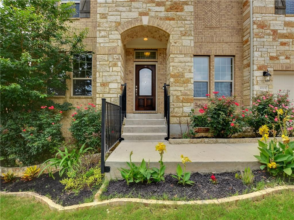 Active | 8705 Old Corral Cove Austin, TX 78737 3