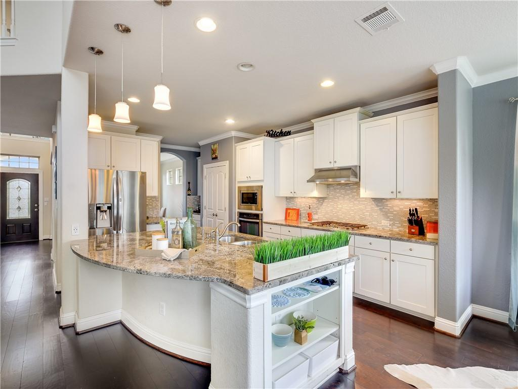 Active | 8705 Old Corral Cove Austin, TX 78737 8