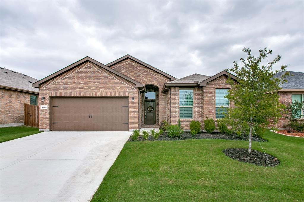 Sold Property | 9128 Grovehurst Road Fort Worth, Texas 76179 1