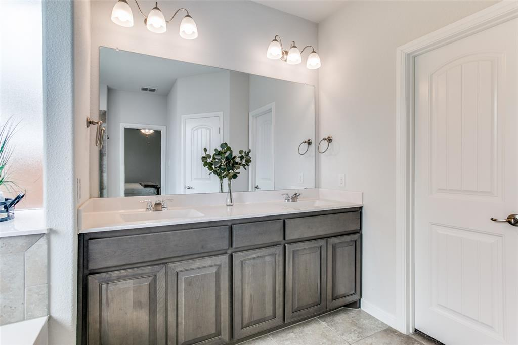 Sold Property | 9128 Grovehurst Road Fort Worth, Texas 76179 17