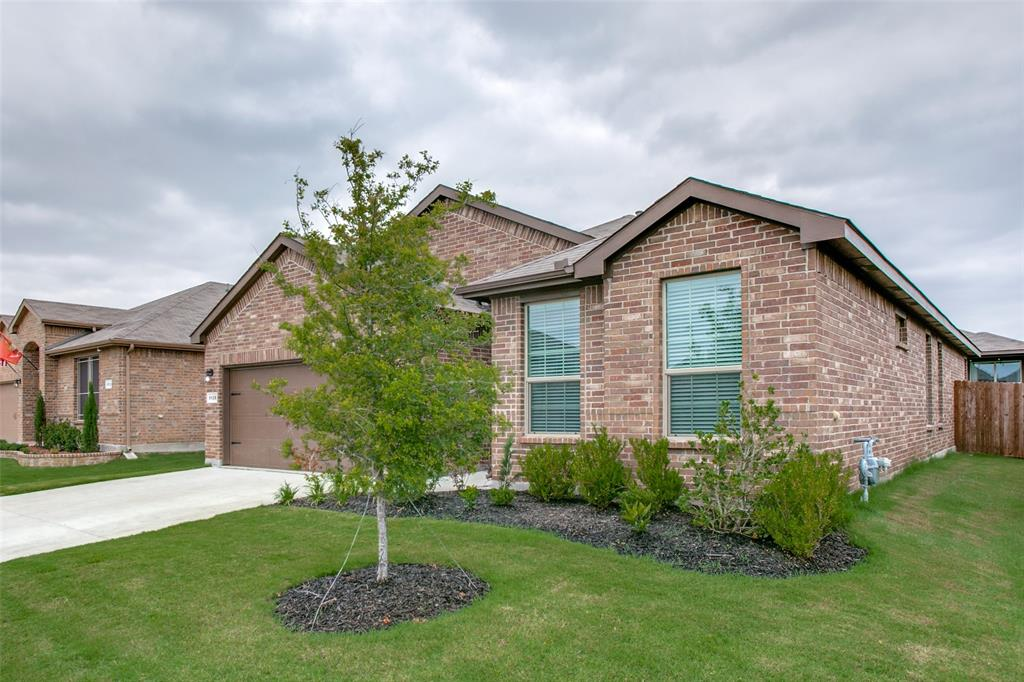Sold Property | 9128 Grovehurst Road Fort Worth, Texas 76179 2