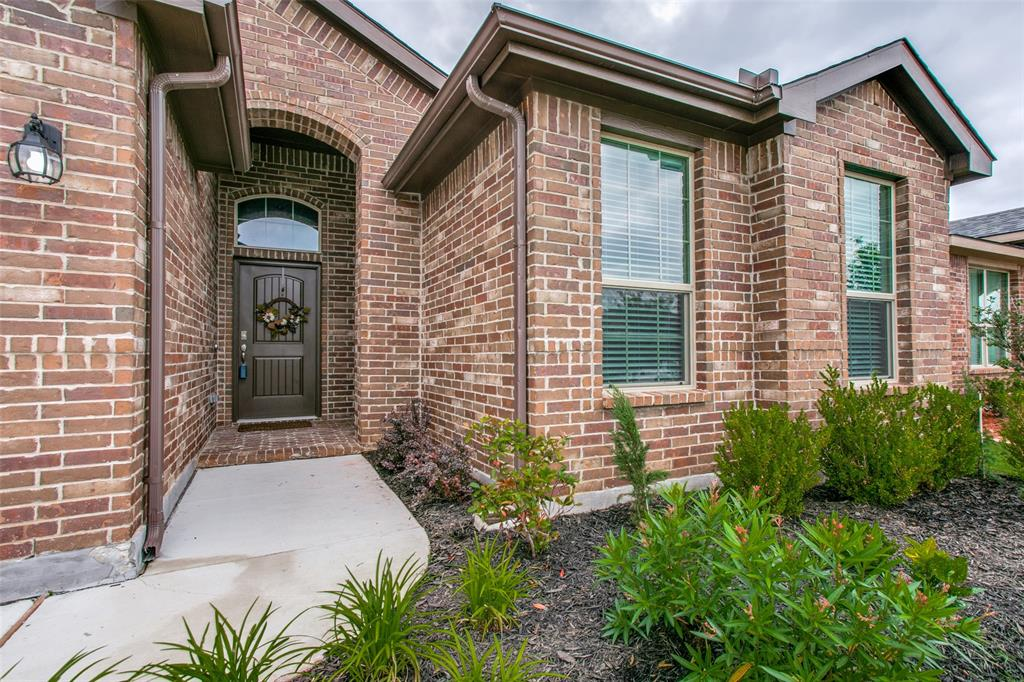 Sold Property | 9128 Grovehurst Road Fort Worth, Texas 76179 3