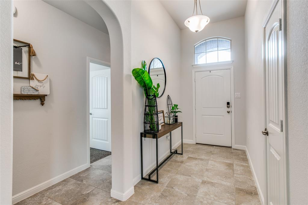 Sold Property | 9128 Grovehurst Road Fort Worth, Texas 76179 4