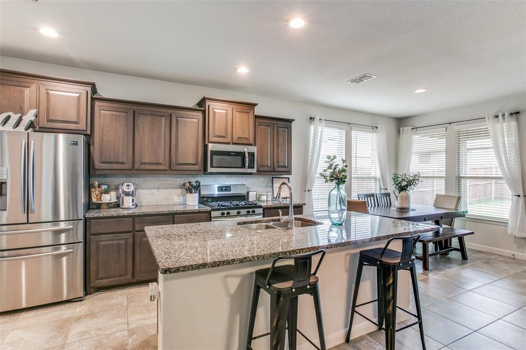 Sold Property | 9128 Grovehurst Road Fort Worth, Texas 76179 5