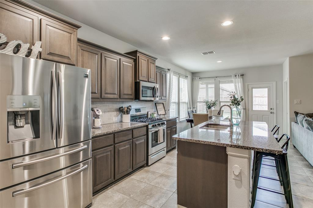 Sold Property | 9128 Grovehurst Road Fort Worth, Texas 76179 6