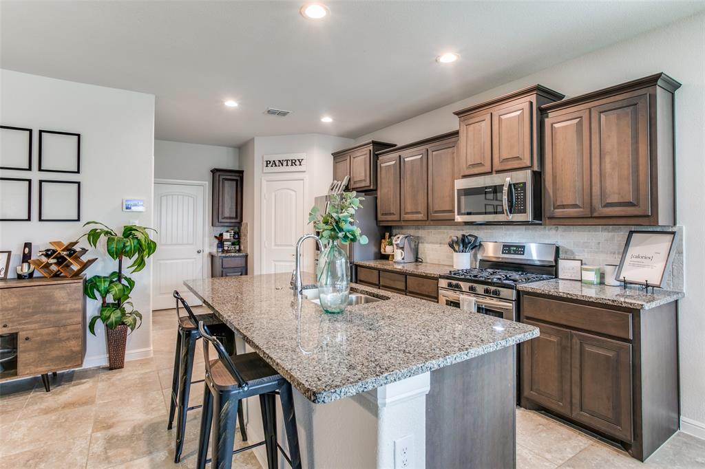 Sold Property | 9128 Grovehurst Road Fort Worth, Texas 76179 7