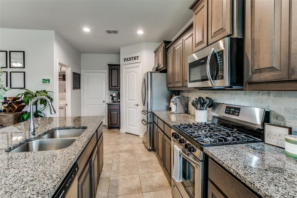 Sold Property | 9128 Grovehurst Road Fort Worth, Texas 76179 8