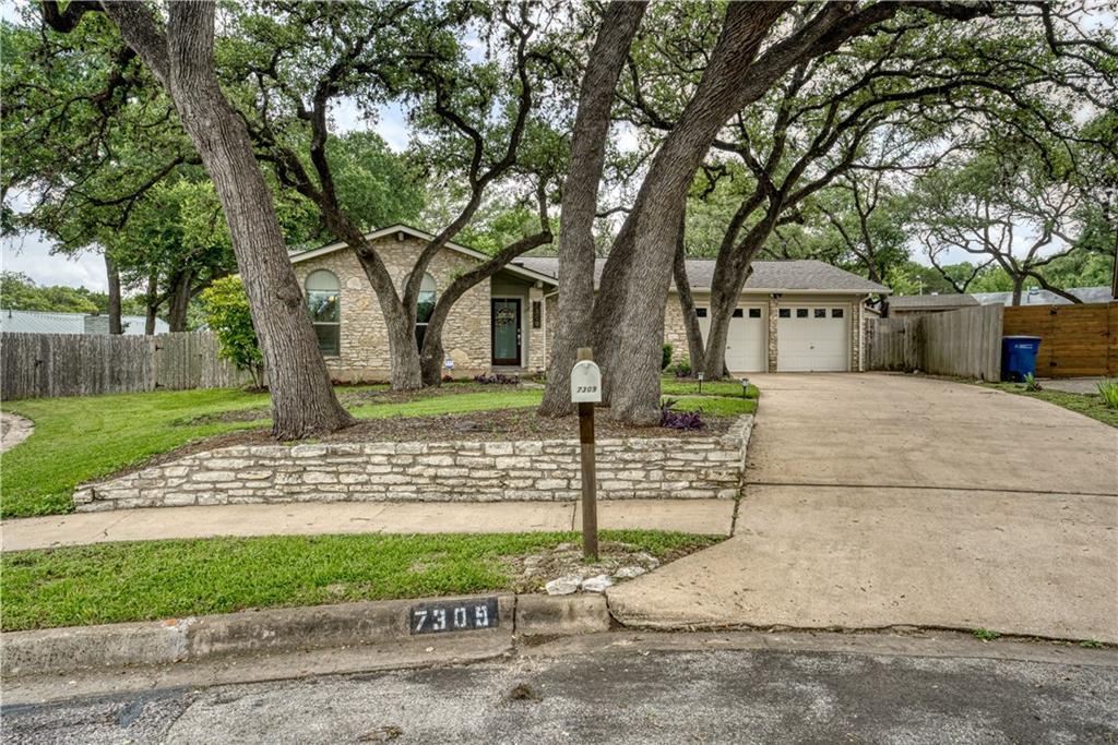 Active | 7309 Scenic Oaks Circle Austin, TX 78745 26