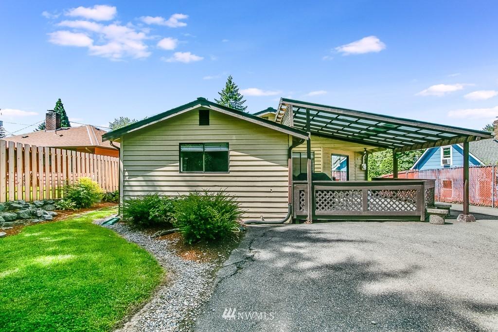 Active | 11232 Crestwood Drive S Seattle, WA 98178 30