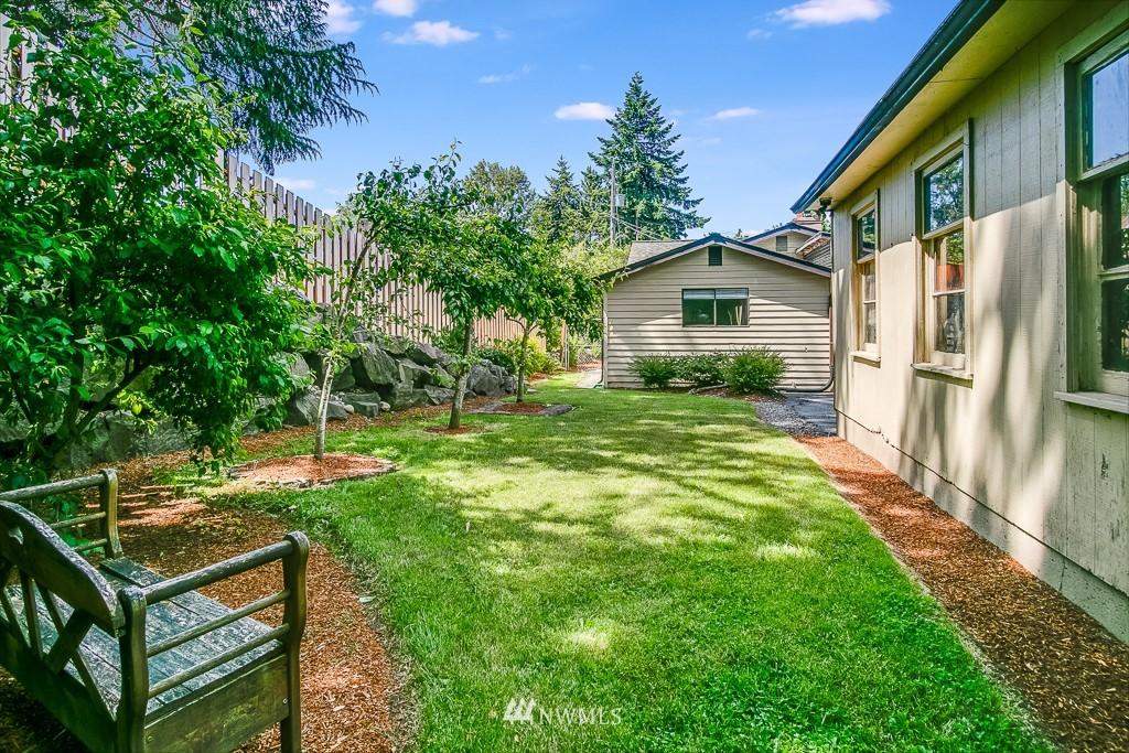 Active | 11232 Crestwood Drive S Seattle, WA 98178 29