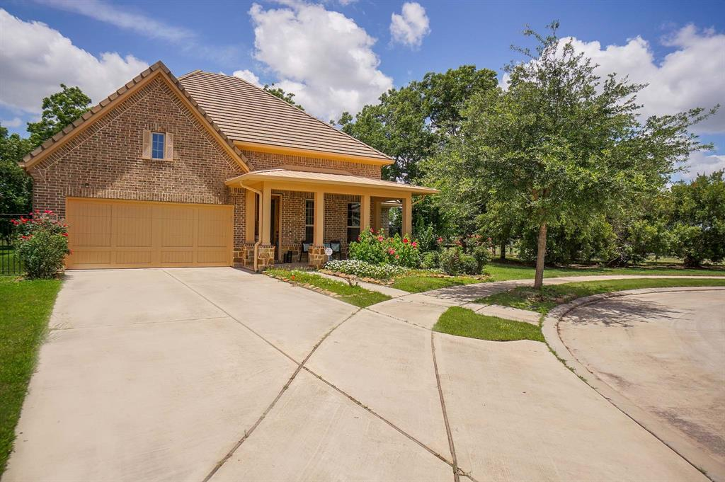 Off Market | 5327 Metzger Court Sugar Land, Texas 77479 1