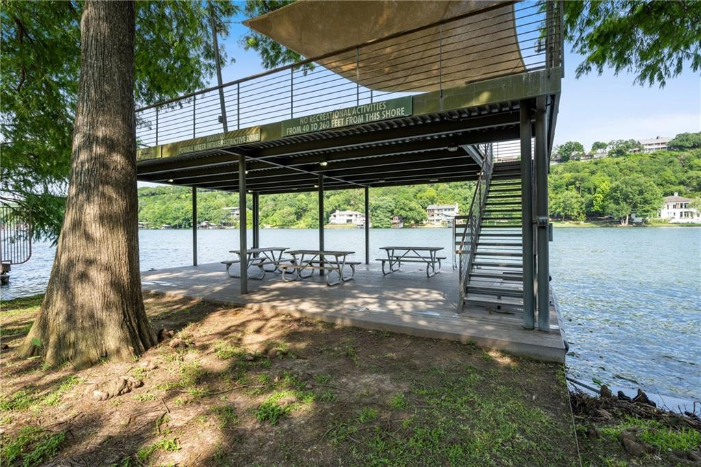 ActiveUnderContract   7600 Lazy River Cove Austin, TX 78730 28