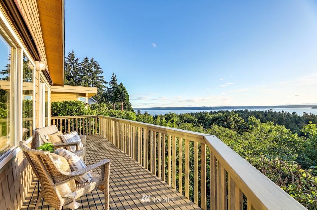 Sold Property | 7711 44th Avenue SW Seattle, WA 98136 7