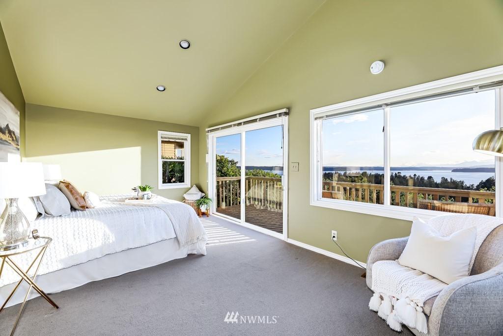 Sold Property | 7711 44th Avenue SW Seattle, WA 98136 17